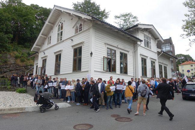 Tirsdag 3. november møtes lederne i St. Paul menighet og Bergen moské for å vise gjensidig respekt og samhold etter at tre personer ble drept i og ved en kirke i Nice torsdag.